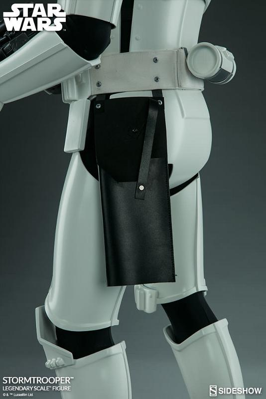 Sideshow Collectibles - Stormtrooper Legendary Scale Figure Stormt52