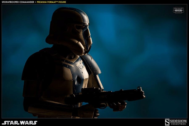 Sideshow - Stormtrooper Commander Premium Format  Stromc11