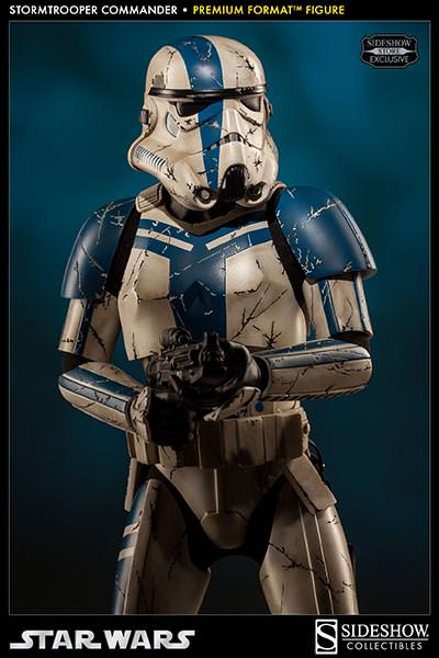 Sideshow - Stormtrooper Commander Premium Format  Stromc12