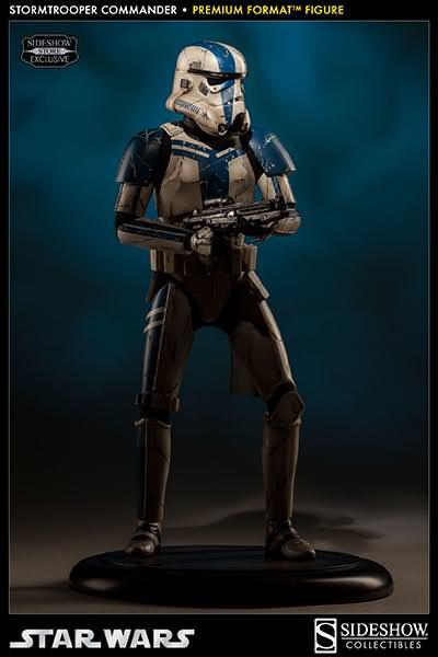Sideshow - Stormtrooper Commander Premium Format  Stromc16