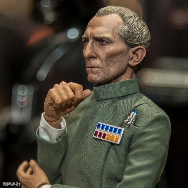 Hot Toys Star Wars - Grand Moff Tarkin Sixth Scale Figure Tarkin12