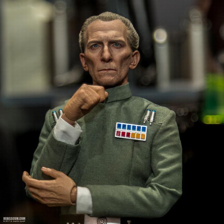 Hot Toys Star Wars - Grand Moff Tarkin Sixth Scale Figure Tarkin14