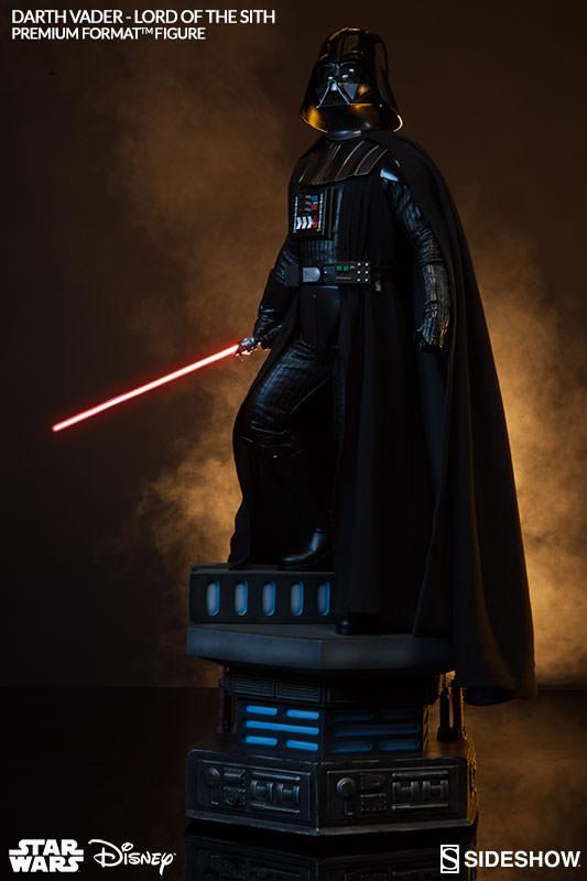 Sideshow - Darth Vader Premium Format Figure  Vader_12
