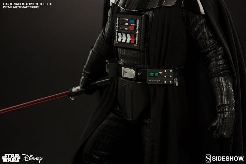 Sideshow - Darth Vader Premium Format Figure  Vader_15