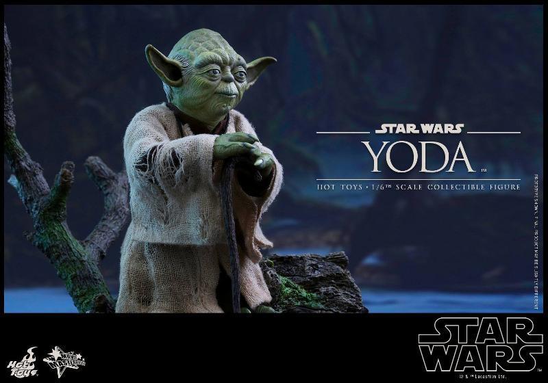 Hot Toys Star Wars V - 1/6th scale Yoda Collectible Figure Yoda0210