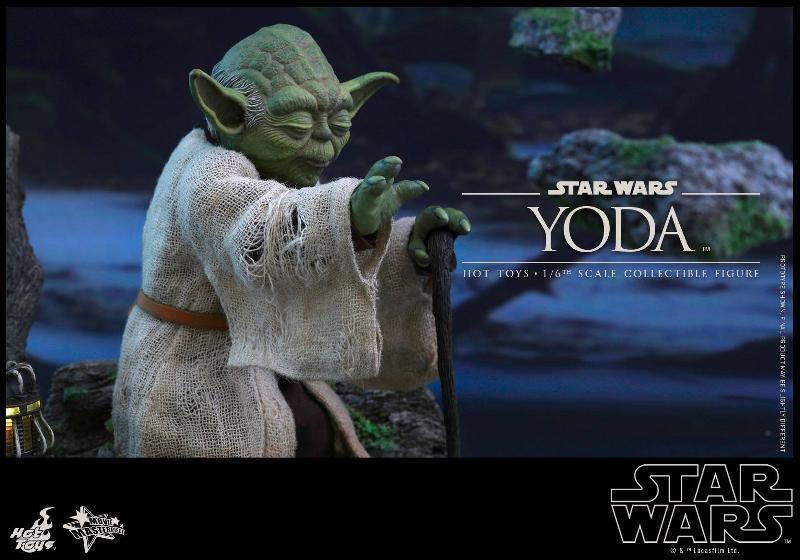 Hot Toys Star Wars V - 1/6th scale Yoda Collectible Figure Yoda0410
