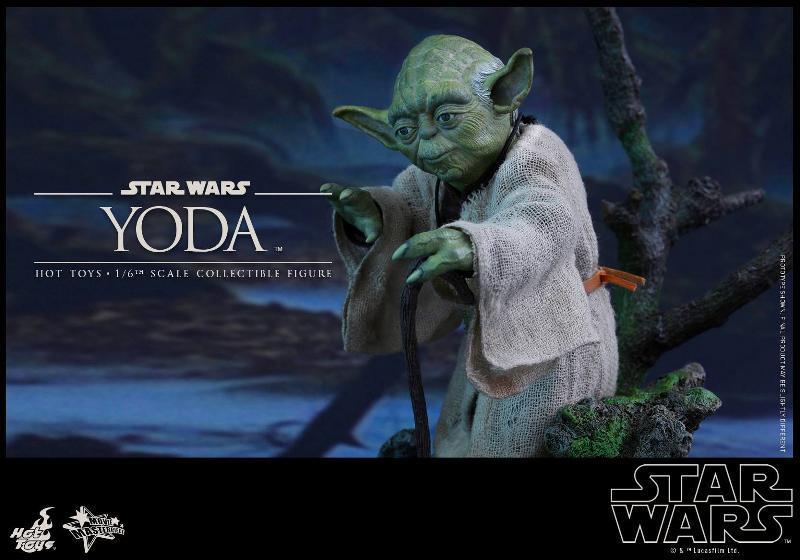 Hot Toys Star Wars V - 1/6th scale Yoda Collectible Figure Yoda1110