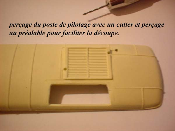 Picasso jouef VS kit l'Obsidienne: la toiture... 0110