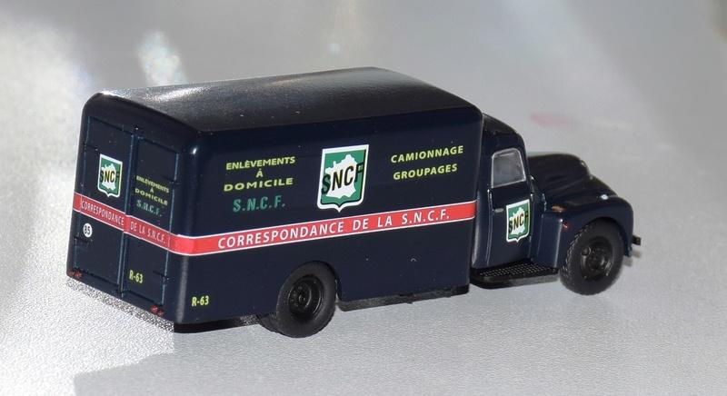 1/87 - Les camions et utilitaires  01912