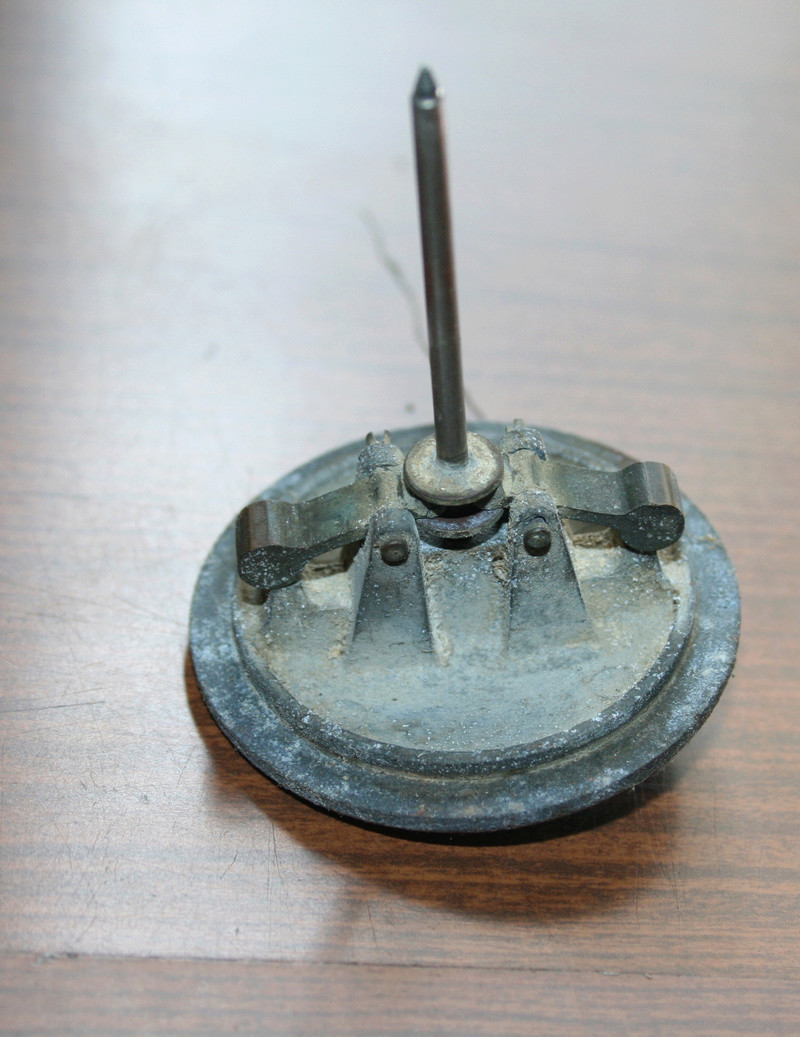 carburateur - CHAPEAU DE CUVE CARBURATEUR MILLOT T14 n° : 2 de 1922 Img_2813