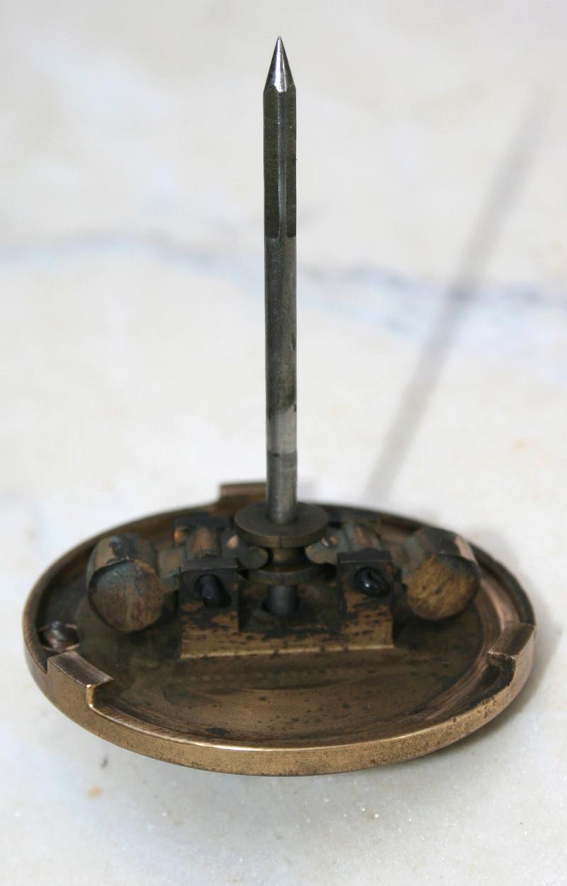 carburateur - CHAPEAU DE CUVE CARBURATEUR MILLOT T14 n° : 2 de 1922 Img_2815