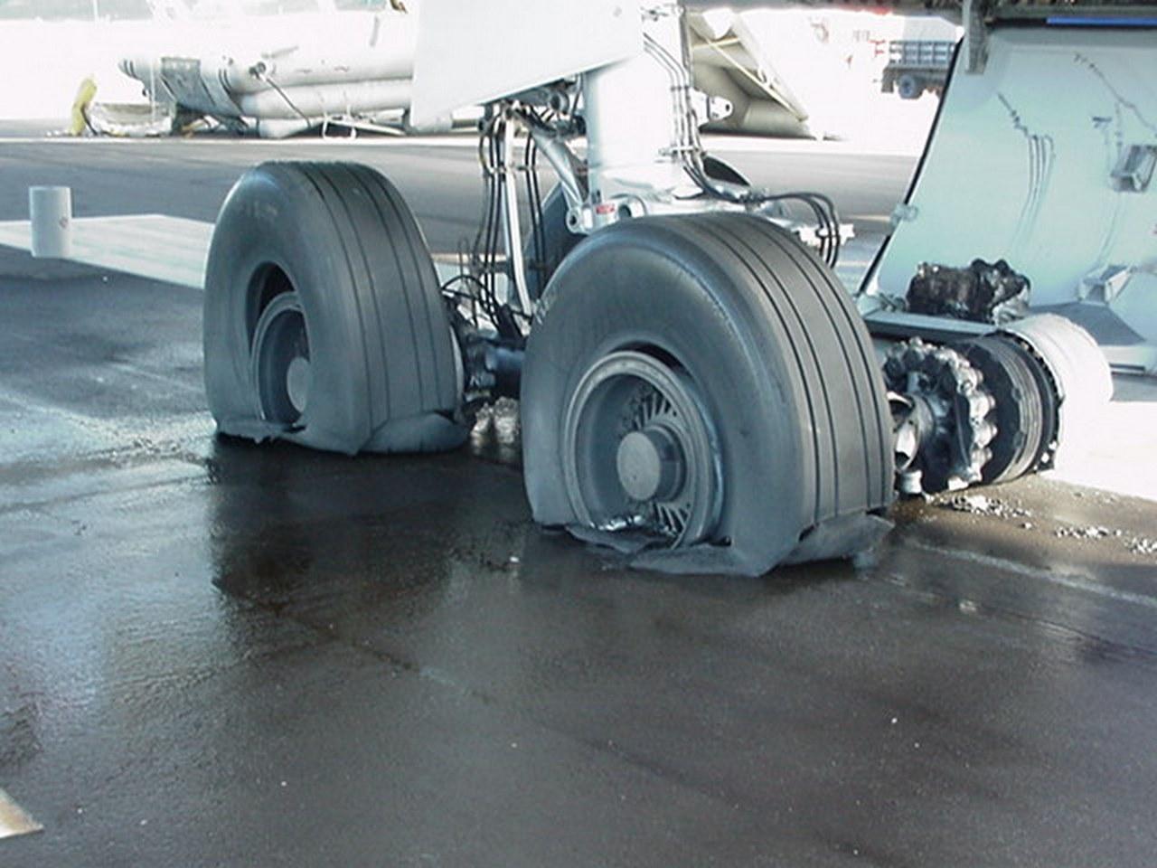 """[08/08/2017] Airbus A330-200 (C-GITS) Air Transat aka """"Planeur des Açores"""" Mvc-0010"""