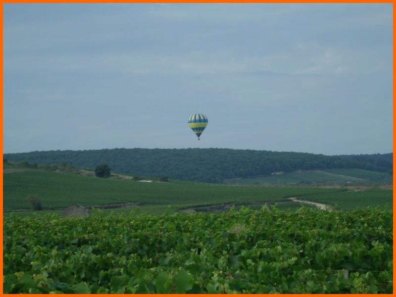 un ballon dans le ciel hier matin Beaune12