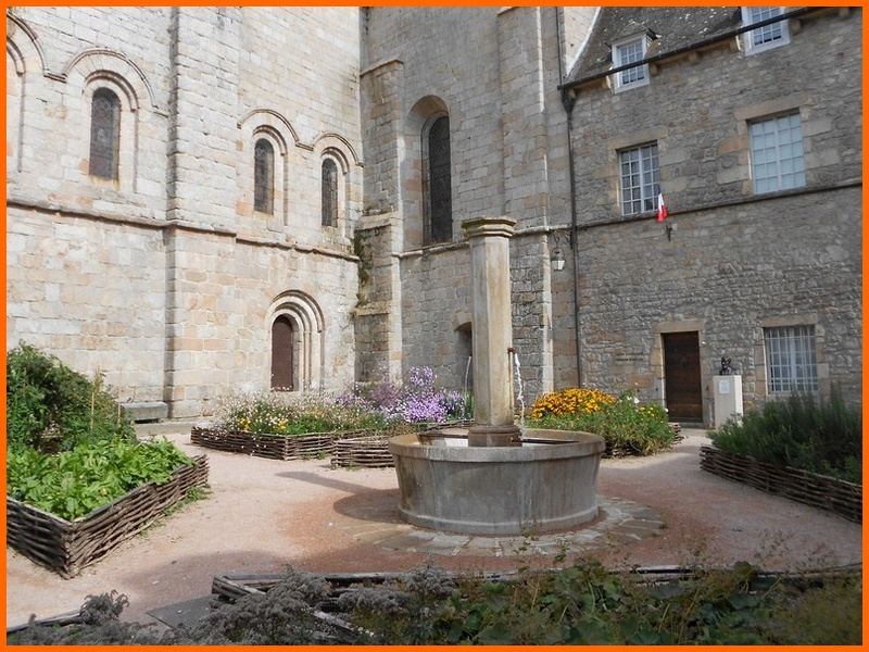 Corrèze (19) Meymac / fontaines Meymac12