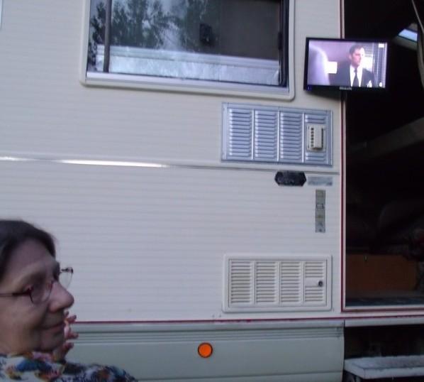 Regarder la télé quand il fait chaud Tele11