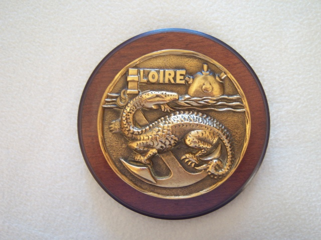 [ Logos - Tapes - Insignes ] TAPE DE BOUCHE ET COUPELLE - Page 5 Loire10