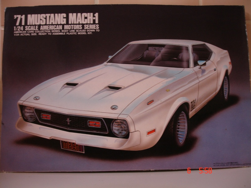 James Bond 71 Mustang Mach1  Dsc01710
