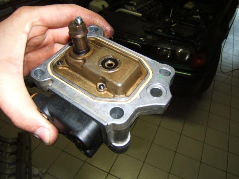 Mercedes C  Pompe A Injection Bosch Fuite Ur