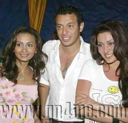 صور للنجم مصطفى شعبان Party111
