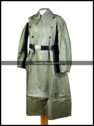 1944-1945. suite ,suite et fin avec Flak 38 - Page 7 Capote12