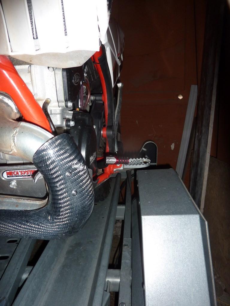 BETA 300 Xtrainer 2 temps à Graissage séparé - Page 2 P1080221