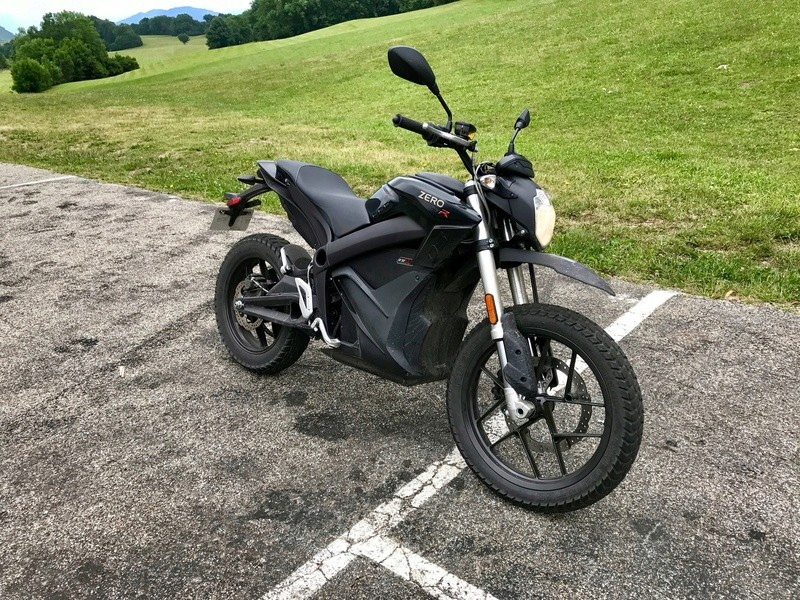 Algo essaie la Zero Motorcycles DSR Img_2410
