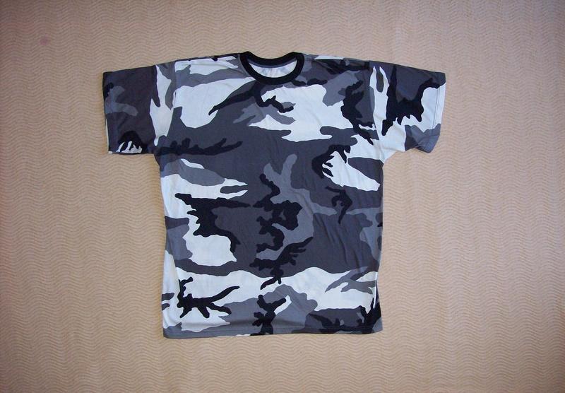 Serbian camo t-shirts 100_2410