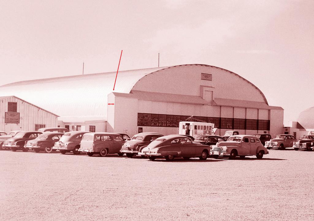 Hangar & tarmac du NACA, 1940's/50's (1:72) E-044111