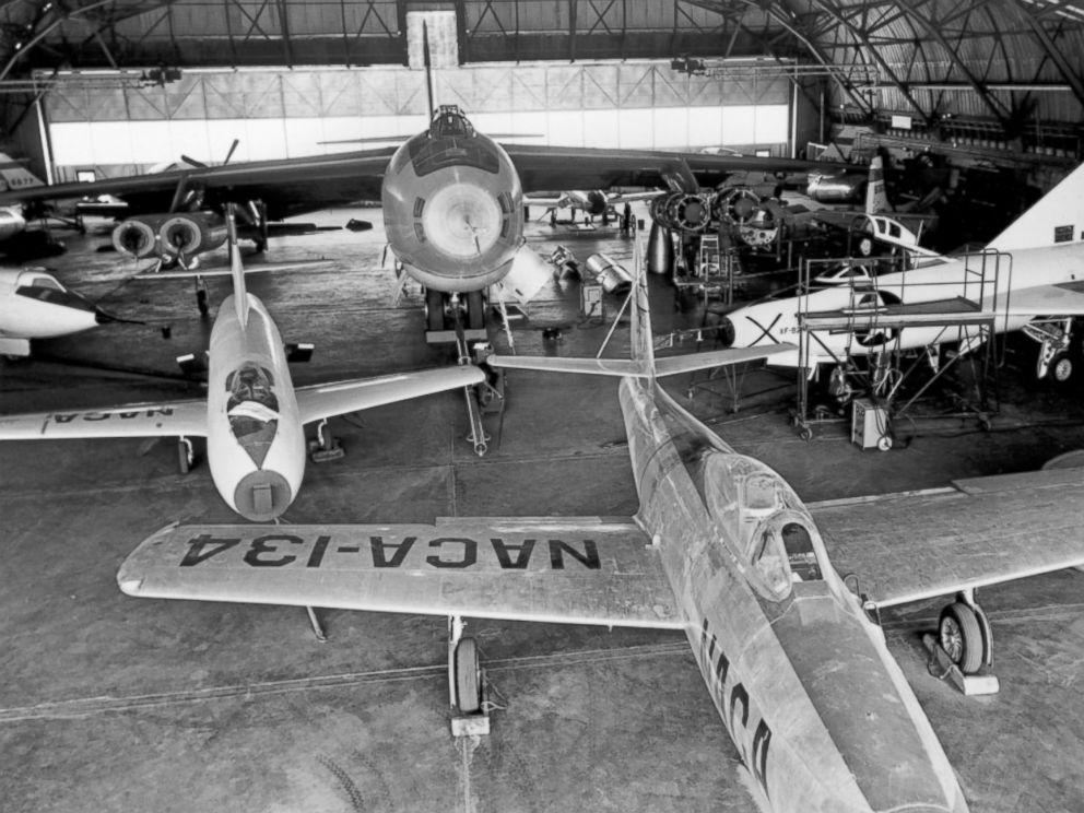 Hangar & tarmac du NACA, 1940's/50's (1:72) - Page 2 Ht_nac10