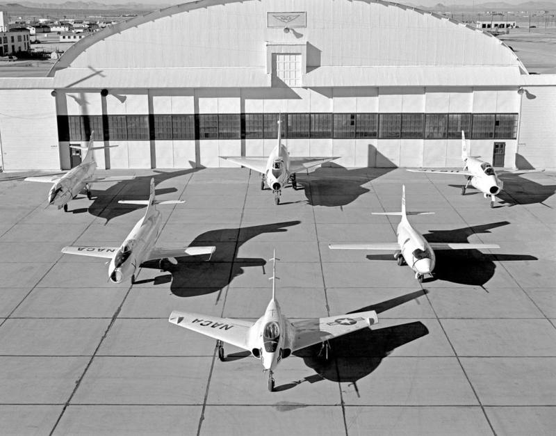 Hangar & tarmac du NACA, 1940's/50's (1:72) Naca_x11