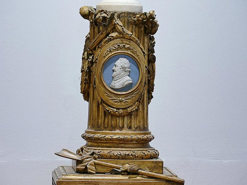Buste de Marie-Antoinette sur piédestal dynastique, musée Cognacq Jay 20431310