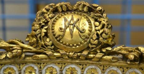 Le monogramme ou chiffre de Marie-Antoinette - Page 4 20621910