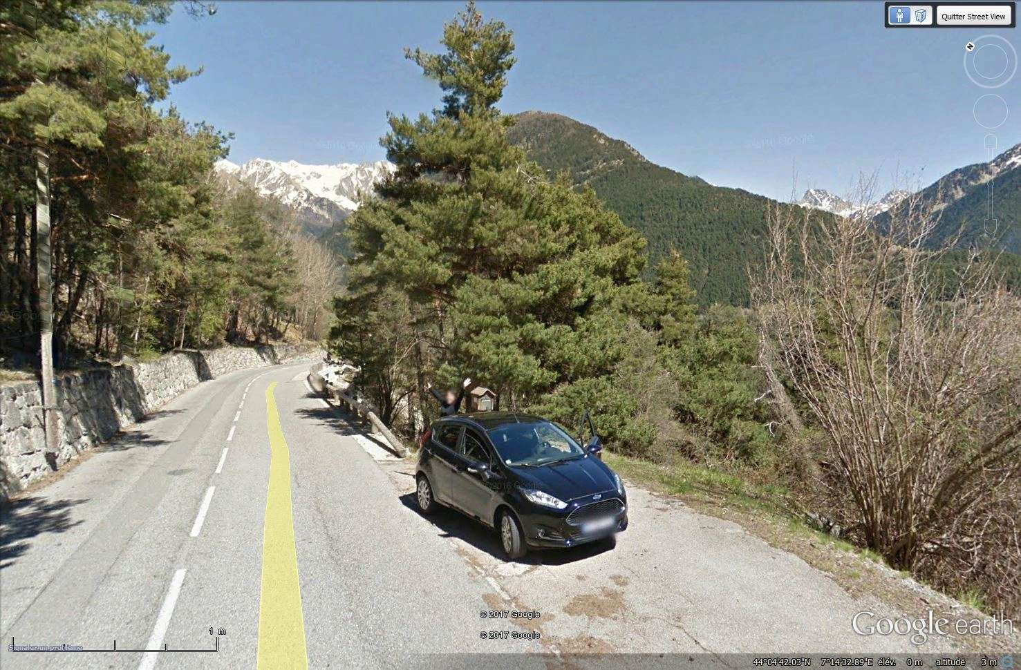 STREET VIEW : un coucou à la Google car  - Page 40 Tsge_243