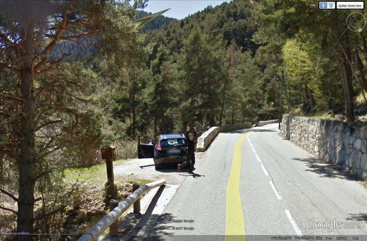 STREET VIEW : un coucou à la Google car  - Page 40 Tsge_244