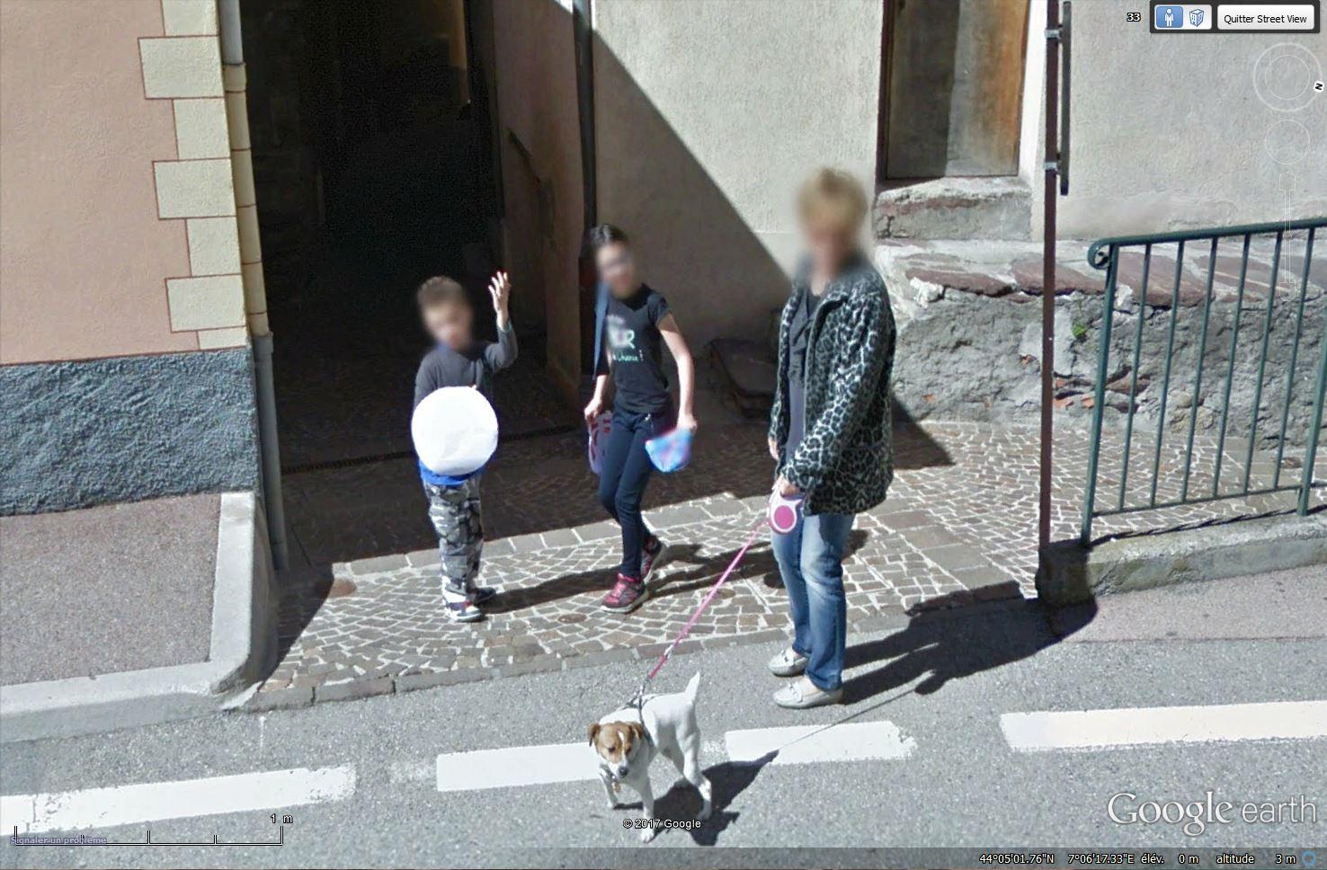 STREET VIEW : un coucou à la Google car  - Page 40 Tsge_297