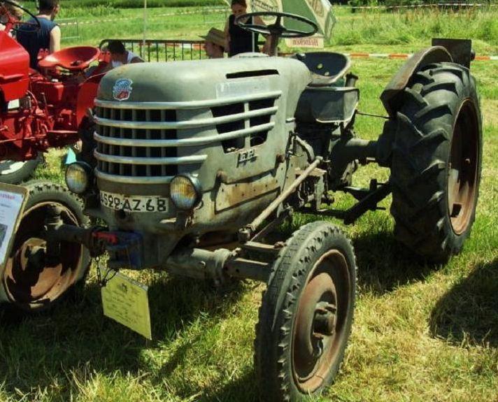 les TRACTEURS AGRICOLES à moteur 203 - Page 2 Captu223