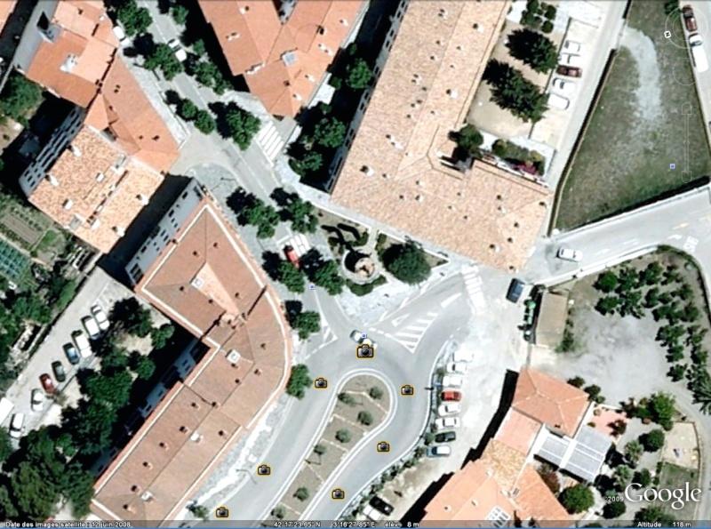Statue de la Liberté = les répliques découvertes grâce à Google Earth - Page 2 Cadaq10