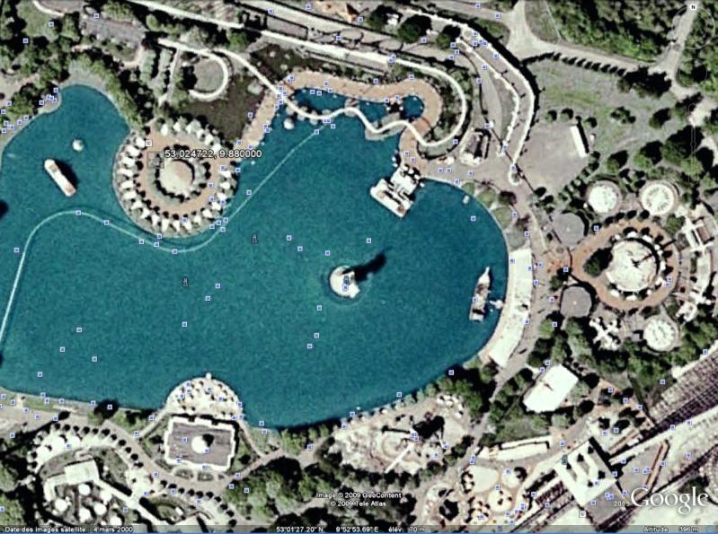 Statue de la Liberté = les répliques découvertes grâce à Google Earth - Page 2 Heide10