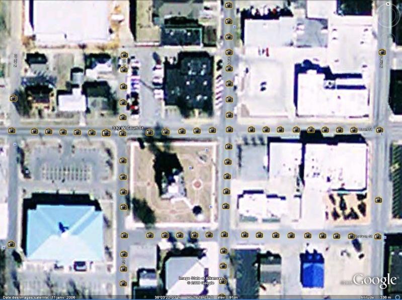 Statue de la Liberté = les répliques découvertes grâce à Google Earth - Page 3 Parago10
