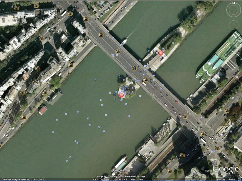 Statue de la Liberté = les répliques découvertes grâce à Google Earth Paris10