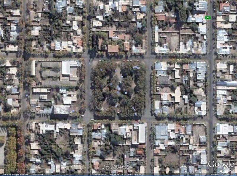 Statue de la Liberté = les répliques découvertes grâce à Google Earth - Page 3 San_ju10