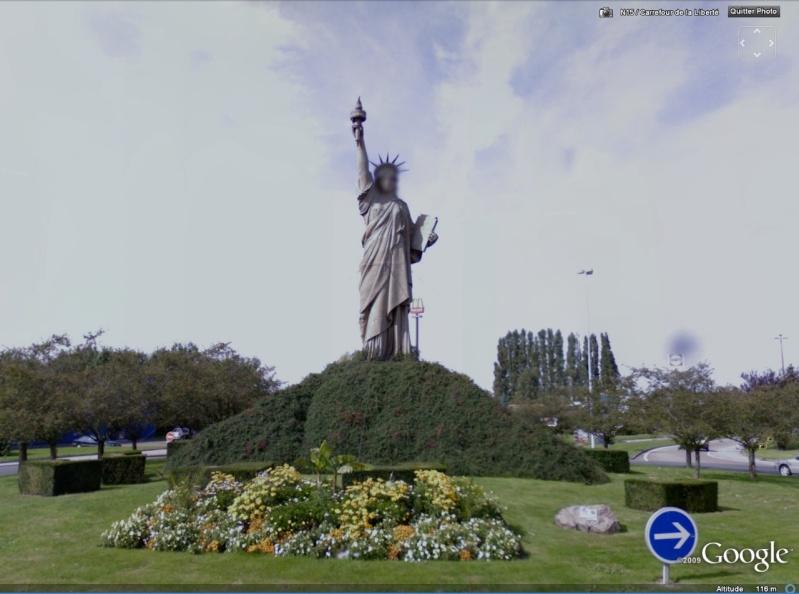 Statue de la Liberté = les répliques découvertes grâce à Google Earth Slbare11