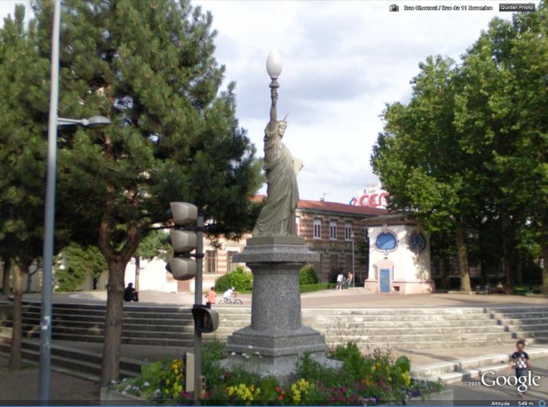 Statue de la Liberté = les répliques découvertes grâce à Google Earth Slstet11