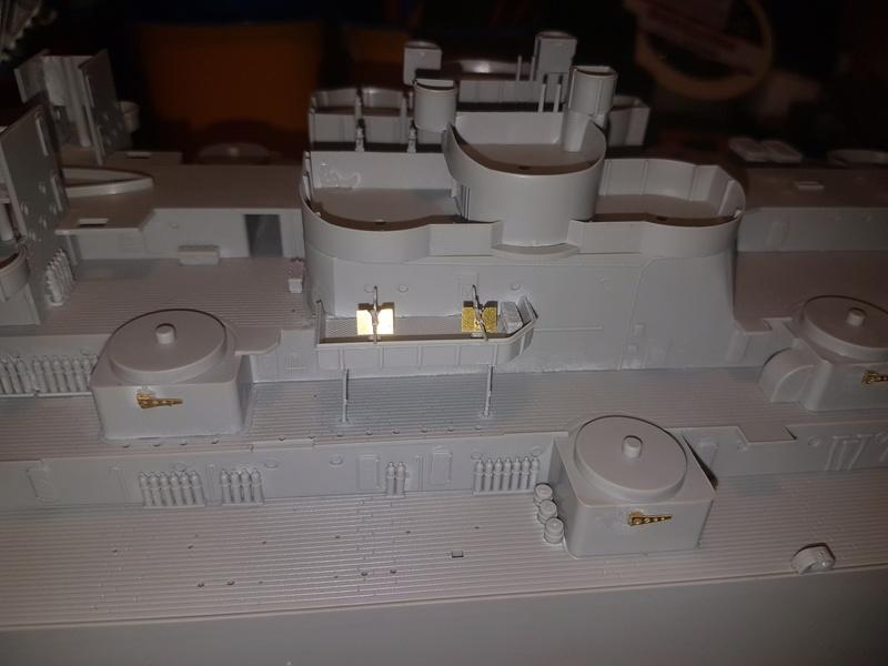 Cuirassé USS Missouri - BB63 - Trumpeter 1/200 + Motorisation... 20170818