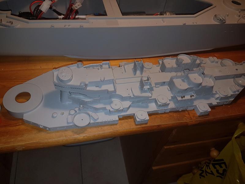 Cuirassé USS Missouri - BB63 - Trumpeter 1/200 + Motorisation... 20170819