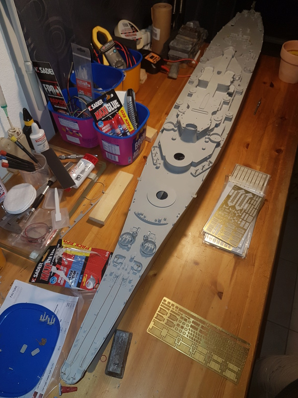 Cuirassé USS Missouri - BB63 - Trumpeter 1/200 + Motorisation... 20170820