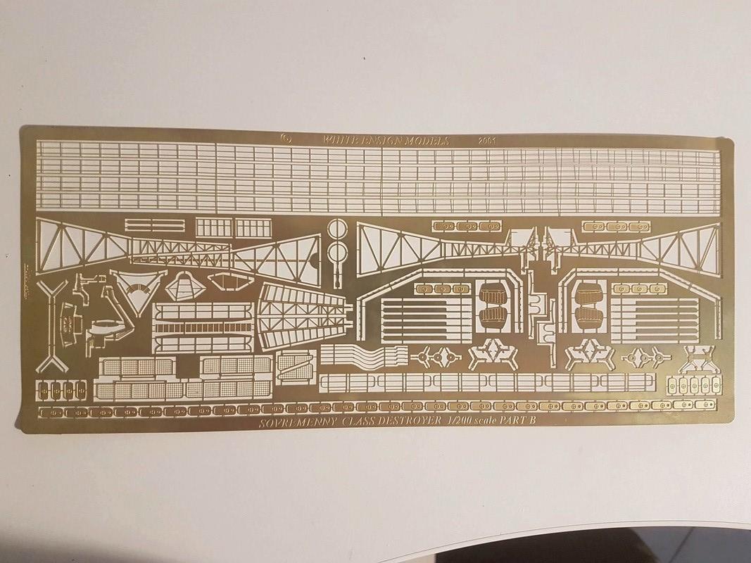 Destroyer de classe Sovremenny Trumpeter 1/200 + Tourelle résine et PE...  20205610