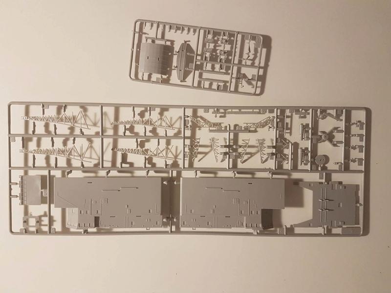 Destroyer de classe Sovremenny Trumpeter 1/200 + Tourelle résine et PE...  20205710