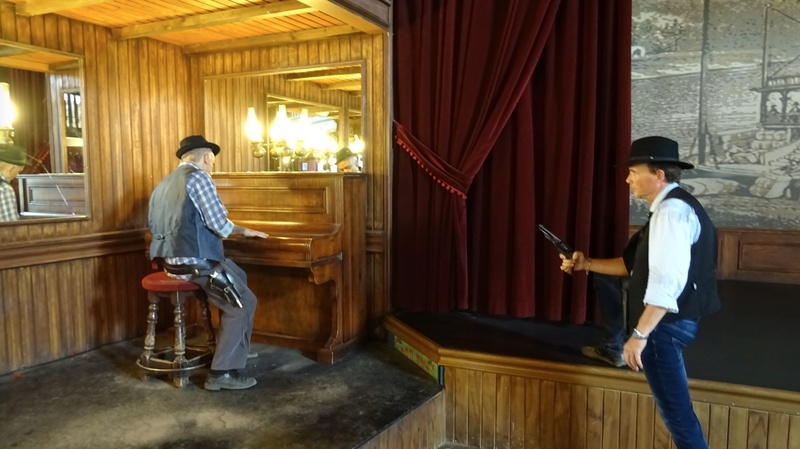 Retour à Almeria: les fantômes de Mesa Verde et d'El Paso 16-20110