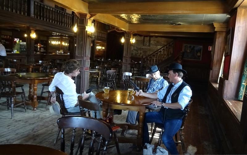 Retour à Almeria: les fantômes de Mesa Verde et d'El Paso 17-20110